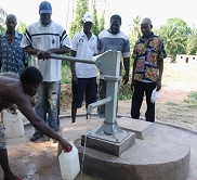 sauberes Wasser - Leben rettend